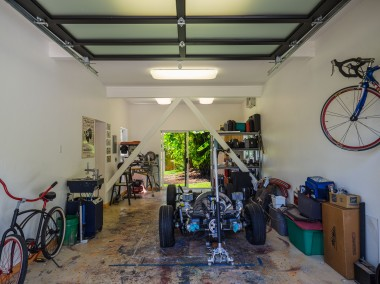 Garage/Workshop